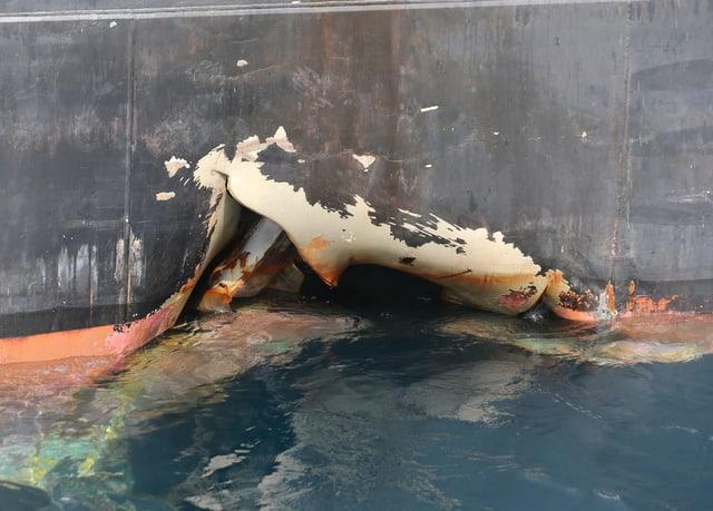 Zerstörung am Tanker.