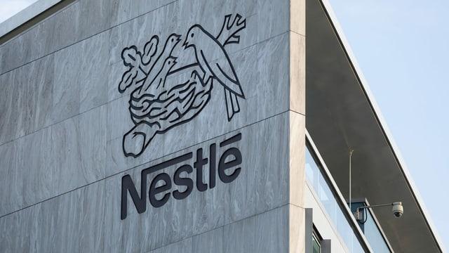 Nestlé kommt relativ gut durch Krise