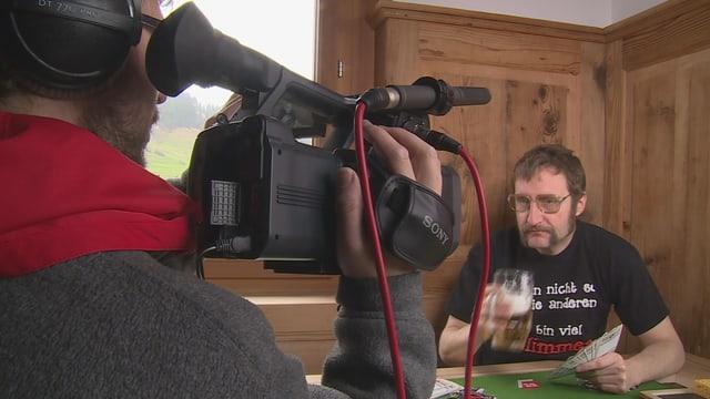 Lia Rumantsch ha creà in clip da video per far reclama per l'acziun da la registraziun dals Rumantschs.