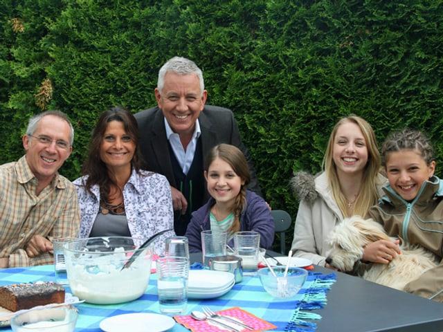 Röbi Koller und die Familie der überraschten Vanessa