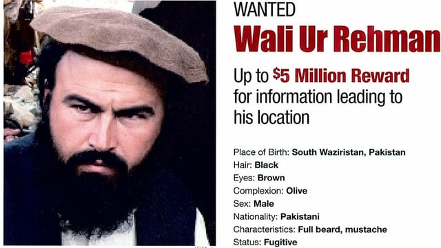 Plakat mit dem Kopf von Wali ur Rehman. Darauf steht die Belohnung für die Ergreifung des Taliban-Führers.