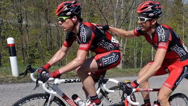 Michael Schär (l.) und Steve Morabito sollen BMC-Team-Leader Cadel Evans an der Tour de France unterstützen.