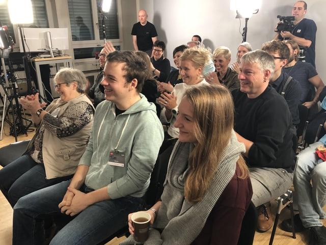 Dem Publikum scheints zu gefallen.