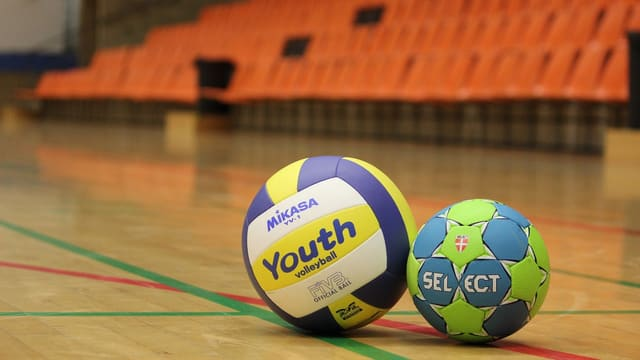 Volleyball und Handball im Vergleich