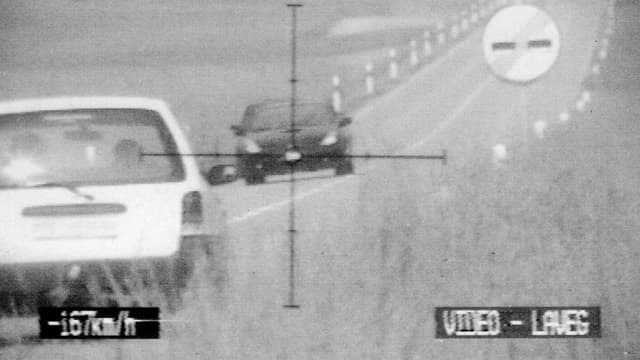Die Kantonspolizei Aargau blitzte den jungen Mann mit massiv übersetzter Geschwindigkeit bei Unterbözberg.