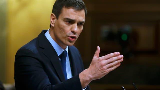 Pedro Sánchez bei einer Rede.