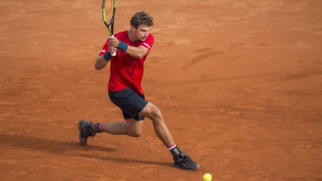 Giugader da tennis svizzer.