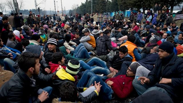 Fugitivs blocheschan rodaglias en la Grezia.