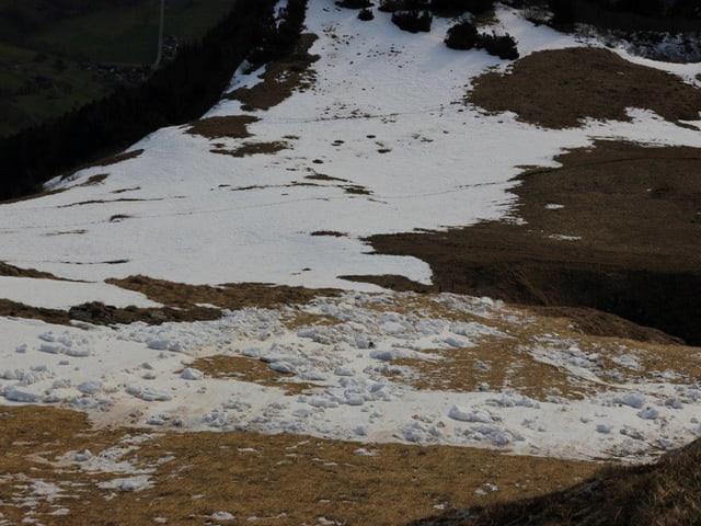 Kleine Lawine im Alpstein