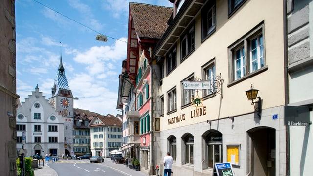 Der Zyytturm in der Zuger Altstadt.