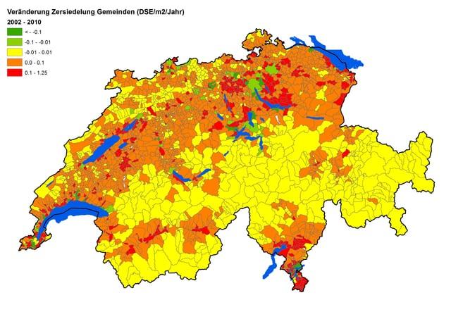 Schweizer Karte mit eingefärbten Gemeinden, je nach Zunahme der Zersiedelung