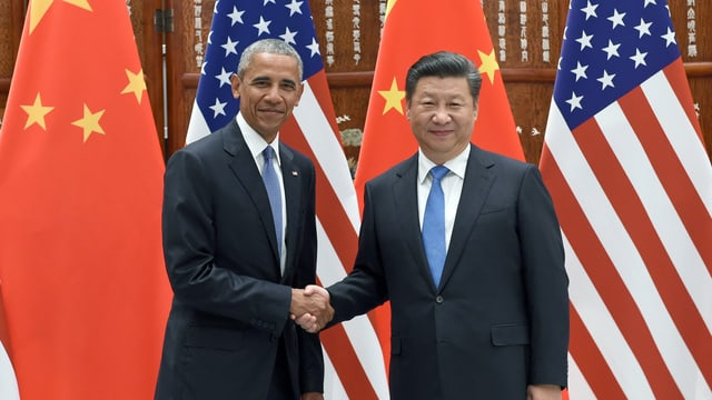 Barack Obama und Xi Jinping reicen sich bei ihrem Treffen am Rande des G20-Gipfel in Hanghzou die Hand.