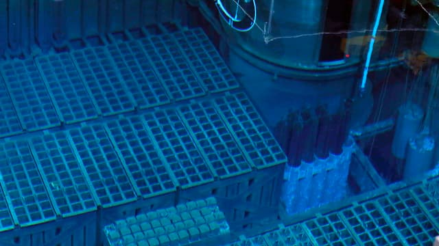 Abklingbecken im Reaktor 4 des AKW Fukushima