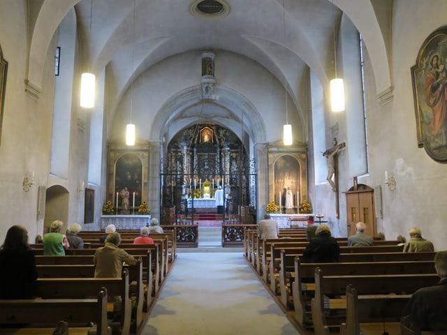Eine Kirche von innen.