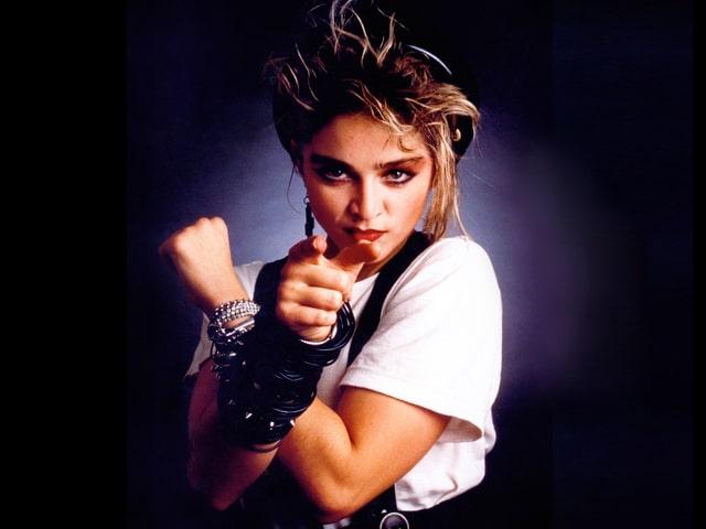Das erste, selbstbetitelte Album «Madonna» erscheint.