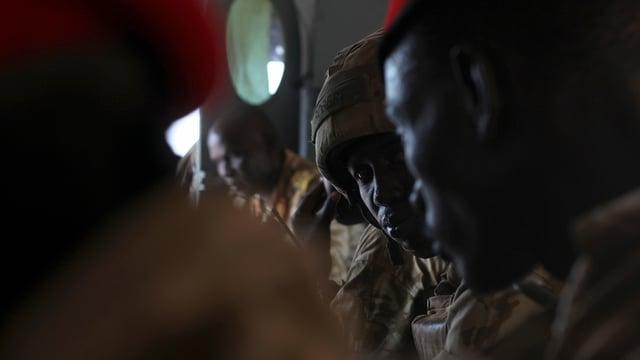 Truppas da la regenza duain avair mazzà radund 60 civilists.