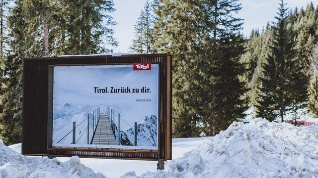 Placat da reclama per la regiun Tirol.