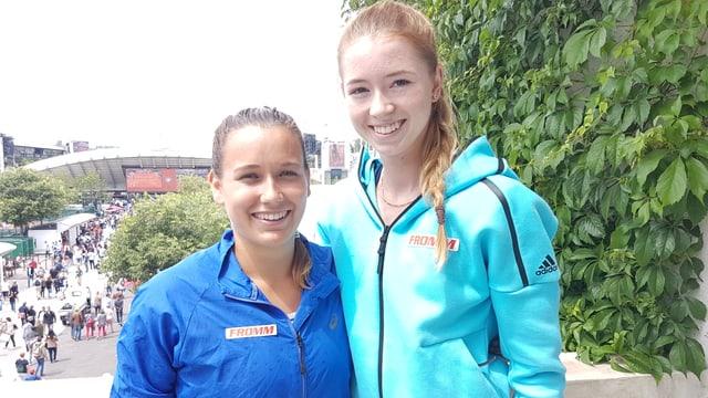Ylena In-Albon und Simona Waltert.