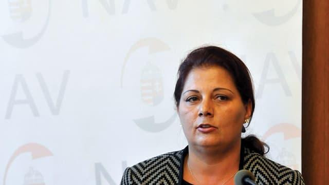 Portrait von Ildiko Vida, der ehemaligen Chefin der Steuerbehörde Ungarns.