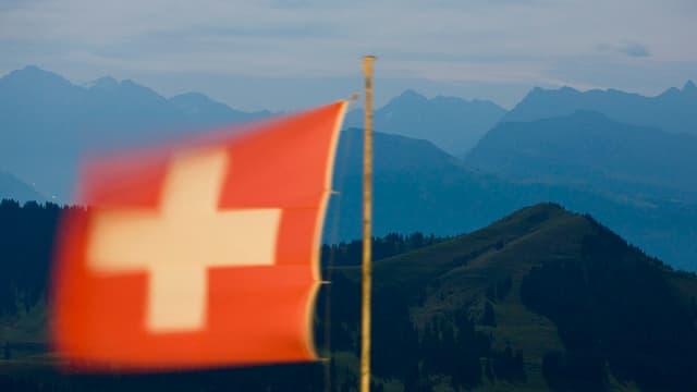 La bandiera da la Svizra.