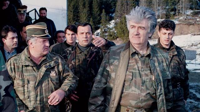 L'anteriur manader dals Serbs Radovan Karadzic il 1995