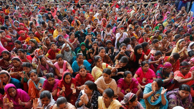 Tausende Demonstranten in Bangladesch.
