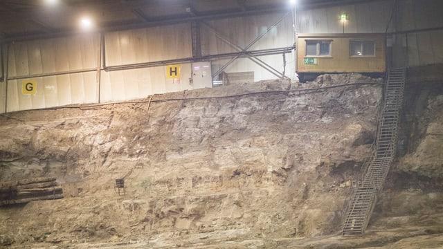 Grube im Innern der SMDK