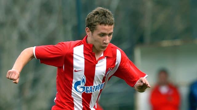 Veljko Simic kommt von Roter Stern Belgrad.