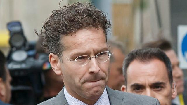 Jeroen Dijsselbloem annunzia ina conferenza telefonica da la gruppa da l'euro.