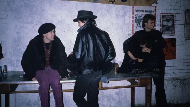Die Nacht zum Tag gemacht: Jugendliche 1980 im Zürcher Autonomen Jugendzentrum AJZ