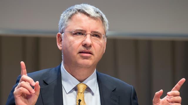 Auch im europäischen Vergleich verdient er einen Spitzenlohn: Roche-Chef Severin Schwan.