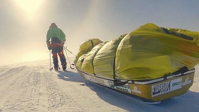 Colin O'Brady ha terminà ses viadi tras l'Antarctica.