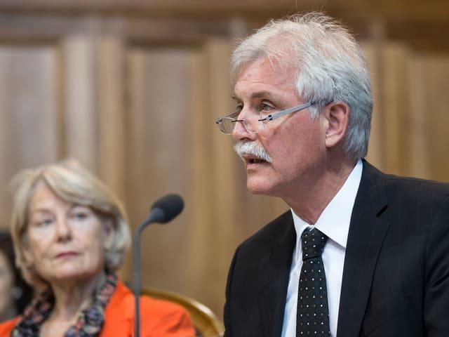 Ständerat Markus Stadler, bei einer Rede im Ständerat im März 2014.