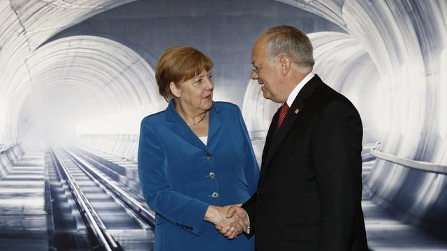 Angela Merkel s'inscuntra cun Johann Schneider-Ammann