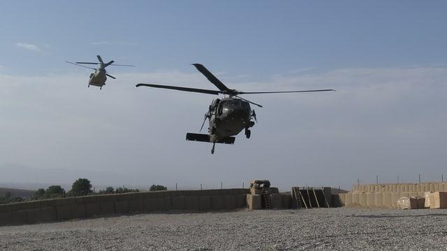 Nato-Helikopter landet in Afghanistan