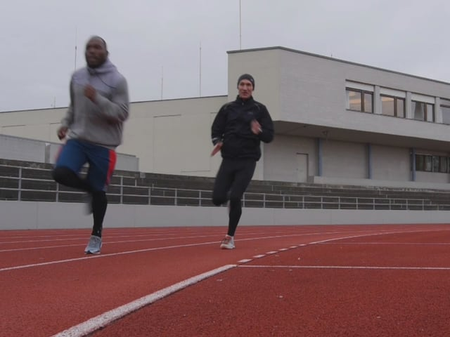 Luki trainiert mit Sprint-Star Alex Wilson.