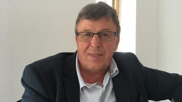Aron Moser il president communal actual vul vegnir reelegì.