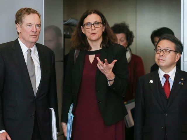 Robert Lighthizer, Cecilia Malmström und Hiroshige Sekō.