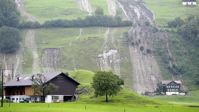 Beim Hochwasser 2005 traf es auch die Nidwaldner Gemeinde Ennetmoos stark.