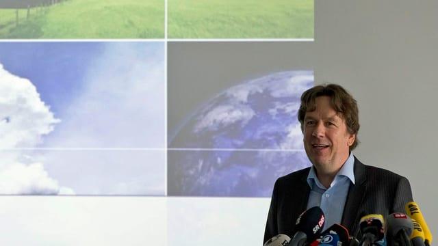 Jörg Kachelmann bei einer Medienkonferenz 2011.