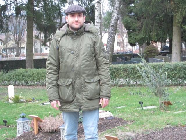 Tuncay Kaptan auf dem Friedhof Biel-Madretsch: Ich kann mir vorstellen, hier begraben zu werden.