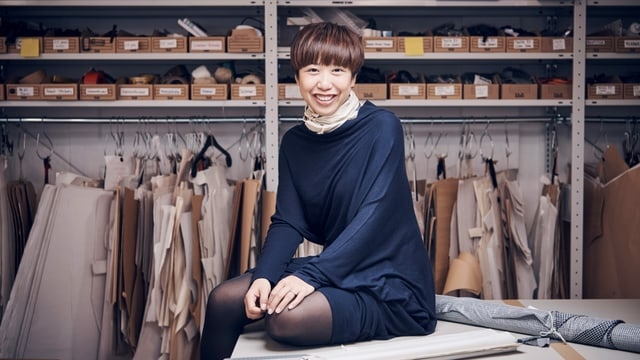 Ly-Ling Vilaysane in ihrem Atelier