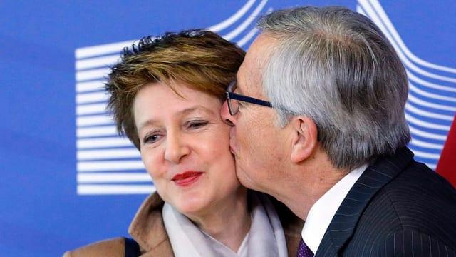 Juncker küsst Sommaruga