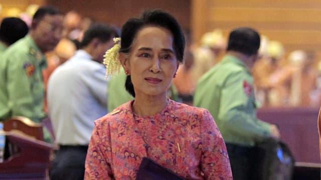 purtret da la presidenta dal Myanmar, Aung San Suu Kyi