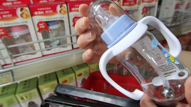 Schoppenflasche aus chinesischer Produktion.