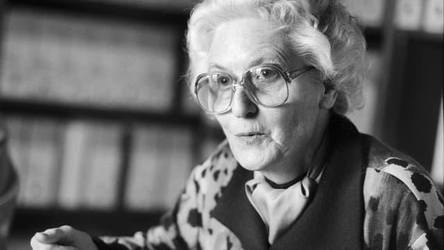 Marthe Gosteli l'onn 1991 èn l'archiv da la fundaziun Gosteli.