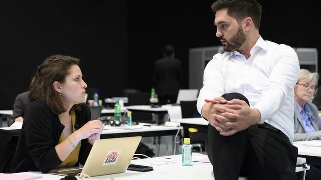 La cussegliera naziunala da Turitg Mattea Meyer ed il cusseglier naziunal da l'Argovia Cédric Wermuth candideschan ensemen per il post da presidi da la partida social democratica Svizra.