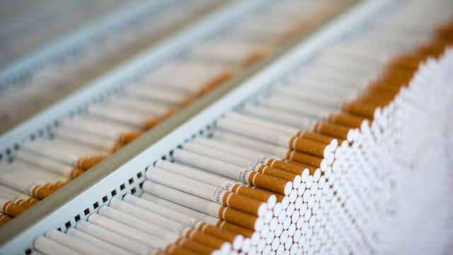 Zigarettenproduktion.