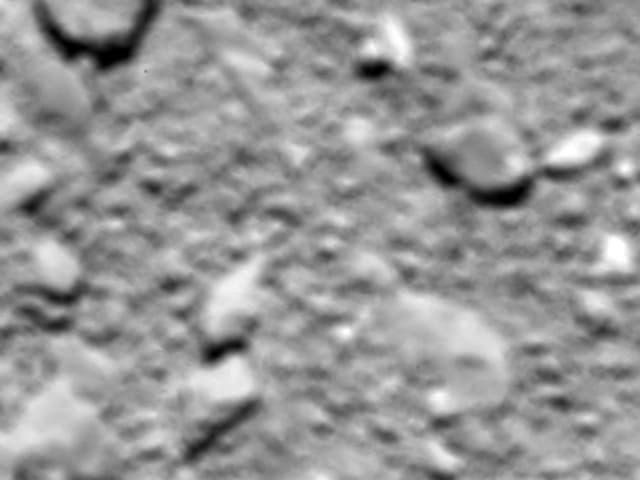 Verschwommene Oberfläche des Kometen Tschuri.