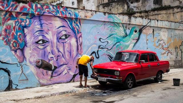 In um pulescha ses auta a Havana.